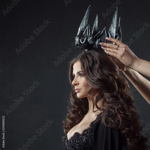 Photo Coronation of Gothic Queen