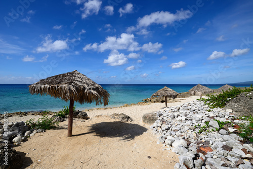 Foto op Aluminium Cathedral Cove Small cosy Ancon beach being in the vicinity of the Trinidad city on Cuba