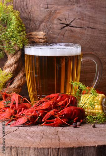 Foto op Plexiglas Bier / Cider Beer and crayfish