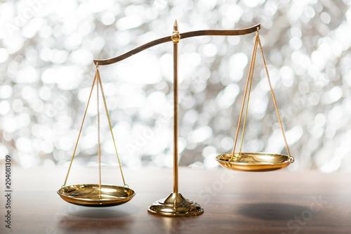 Fényképezés  balance scale