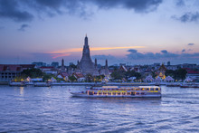 Wat Arun (Temple Of Dawn) And ...