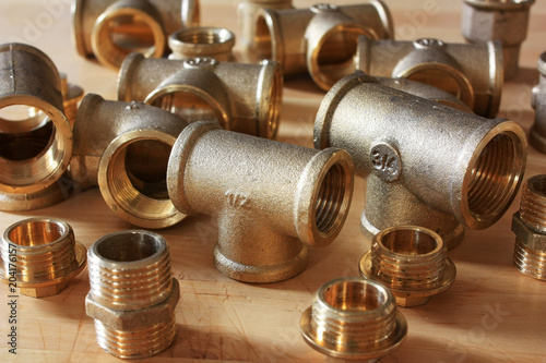 Foto Tees brass plumbing