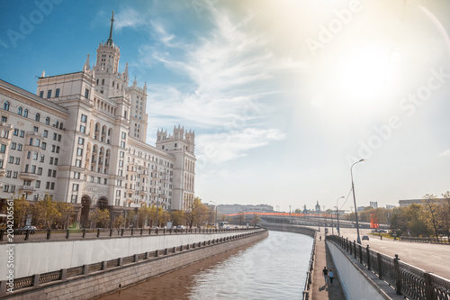 Foto op Aluminium Aziatische Plekken Beautiful city summer landscape, the capital of Russia Moscow, the embankment of the river in the city center, view of the skyscraper on Kotelnicheskaya