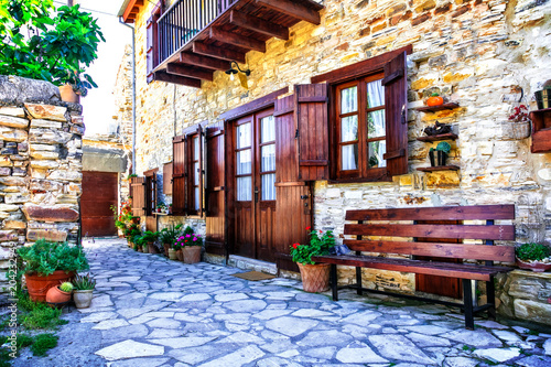 Foto op Plexiglas Cyprus Beautiful floral streets and houses of old traditional villages of Cyprus. Lefkara
