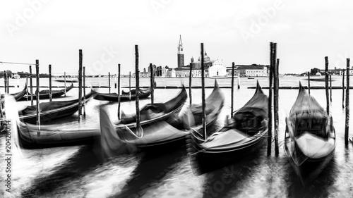 Obraz Wenecja, czarno-biały, wysoki klucz, Włochy, Europa - fototapety do salonu