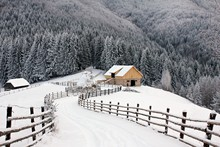 Wood Cabin In The Mountains - ...