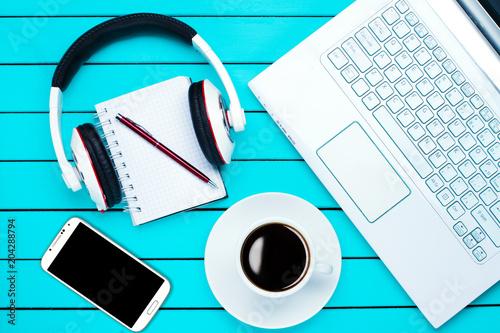Fototapeta coffee laptop phone desktop top view obraz na płótnie