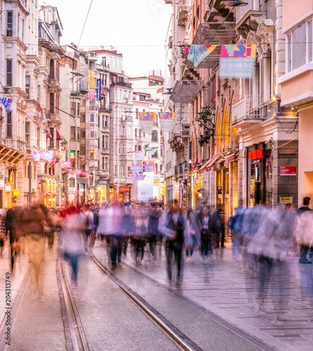 obraz dibond People walk at Istiklal street in Istanbul