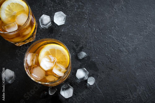 Tuinposter Cocktail Whiskey High Ball Cocktail