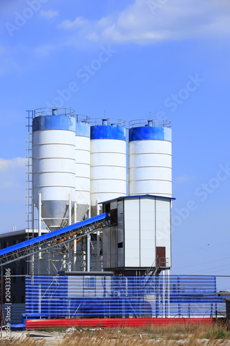 Foto op Canvas Industrial geb. Concrete mixing tower