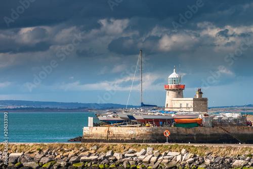 Zdjęcie XXL Burzowy zmierzch nad latarnią morską w Howth, Dublin, Irlandia