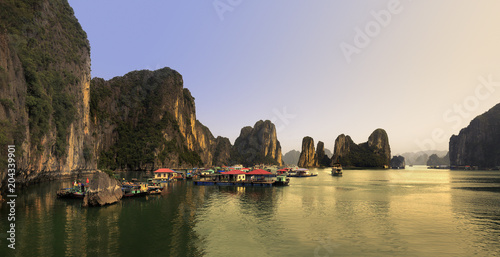 Vietnam/Northeast, Halong bay