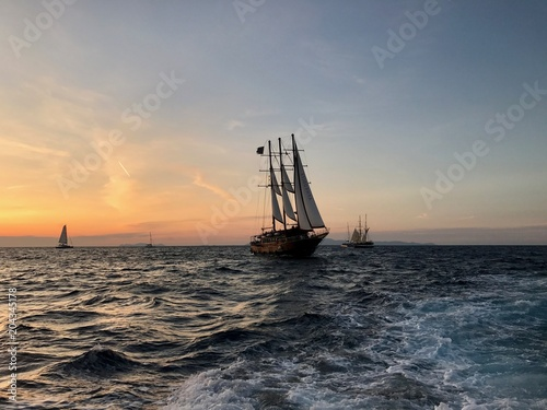 Staande foto Athene Three masts in Santorini sea sunset