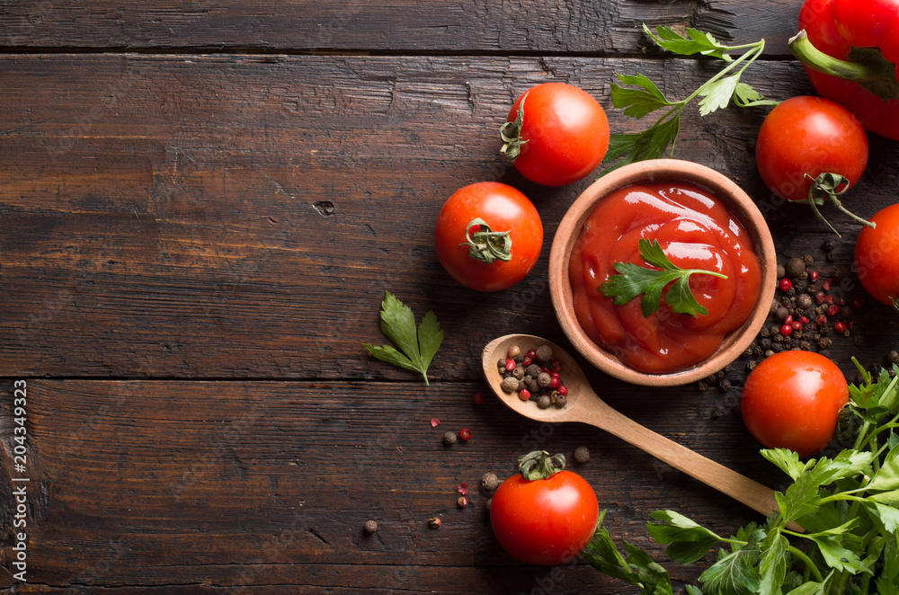 Ketchup and ingredients