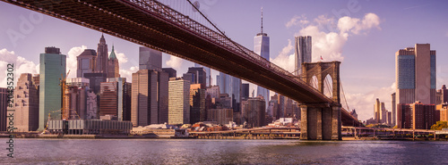 Foto auf Leinwand Brooklyn Bridge New York au coucher du soleil