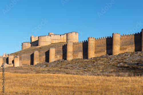 Deurstickers Historisch geb. Berlanga de Duero Castle, Soria Province, Spain