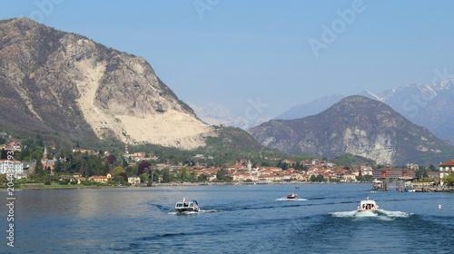 Papiers peints Nautique motorise Giro turistico in barca - turismo