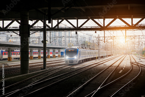 Fotomural Korea train on railway with skyline at Seoul, South Korea for transportation bac