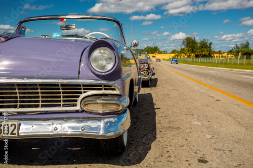Fototapeta Classic car in Havana, Cuba obraz na płótnie