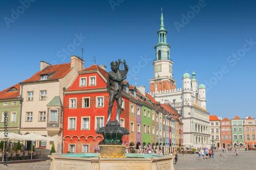 Obraz Posąg Orfeusza i ratusz na starym rynku, Poznań - fototapety do salonu