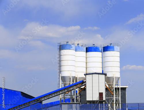 Tuinposter Industrial geb. Cement concrete mixing equipment