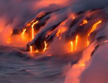 Lava Flowing Into Ocean - Hawa...