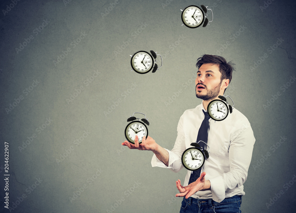 Fototapety, obrazy: business man juggling his time alarm clocks