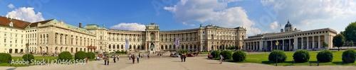 Papiers peints Vienne Hofburg in Wien und Heldenplatz mit Heldentor, Panorama