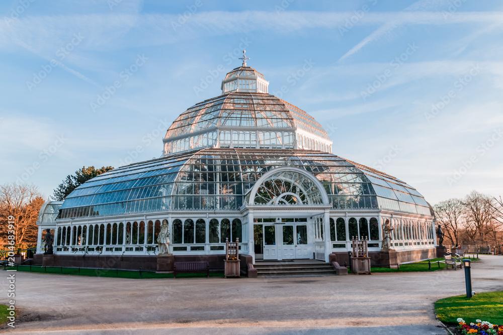 Fototapety, obrazy: Sefton Park Palm house In Liverpool, UK