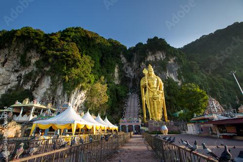 Naklejka premium Wejście do jaskini Batu, Kuala Lumpur, Malezja