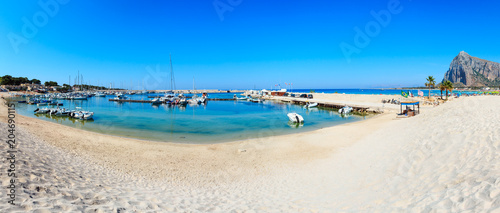 Tuinposter Mediterraans Europa San Vito lo Capo beach, Sicily, Italy