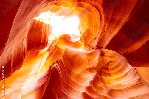 Staande foto Rood Upper Antelope Canyon