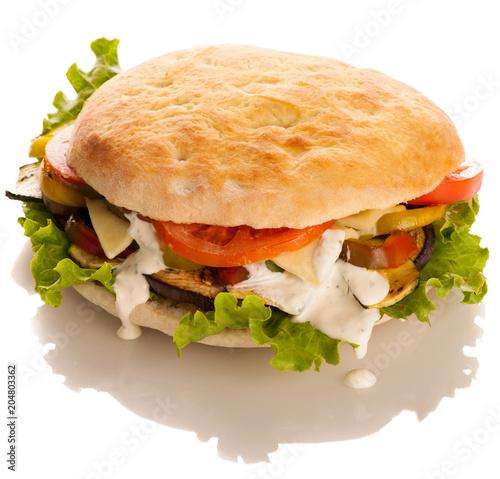 Papiers peints Secheresse Deliceus hamburger isolated over white background