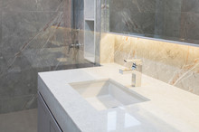 Counter Top White Marble With ...