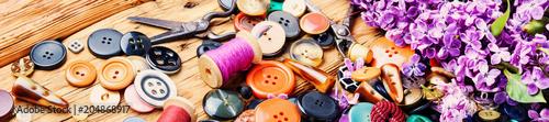 Fotografía  Tools for needlework lilac branch
