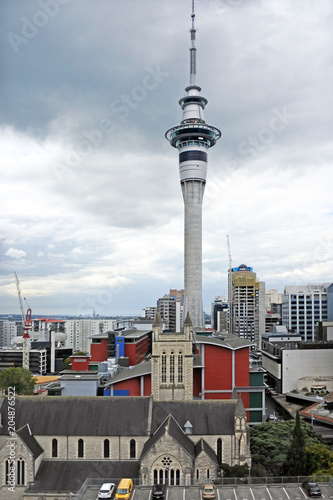 Staande foto Stad gebouw Auckland Sky Tower New Zealand