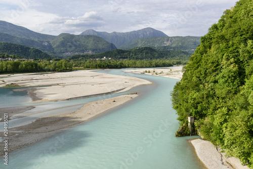Montage in der Fensternische Fluss Valley of Tagliamento river in Italy