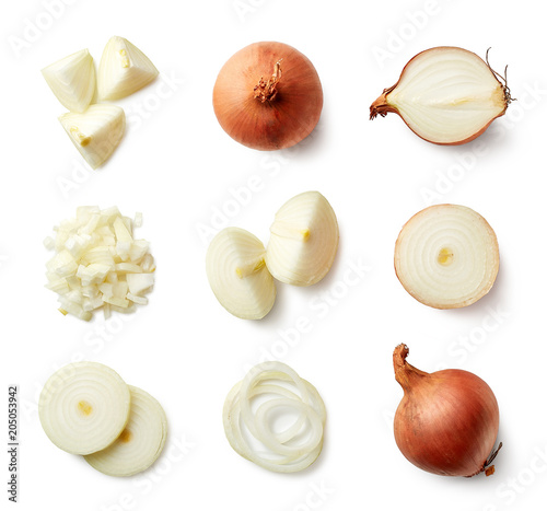 Photo Set of fresh whole and sliced onions