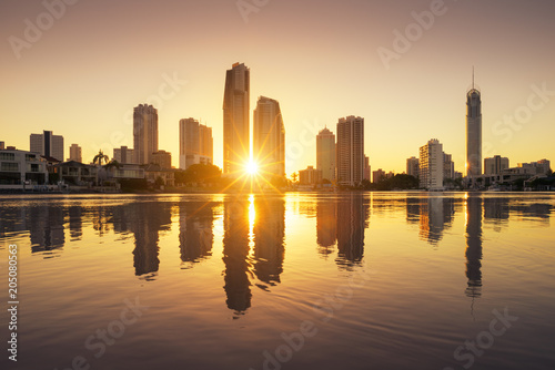 Poster Oceanië Surfers Paradise skyline at sunrise, Australia