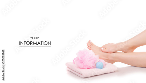 La pose en embrasure Spa Female feet legs towel bath sponge bubble bath beauty spa pattern