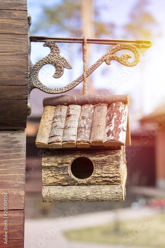 Photo Wooden birdhouse. House for birds