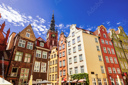 obraz dibond Beautiful street with colorful houses in Gdansk old town, Poland