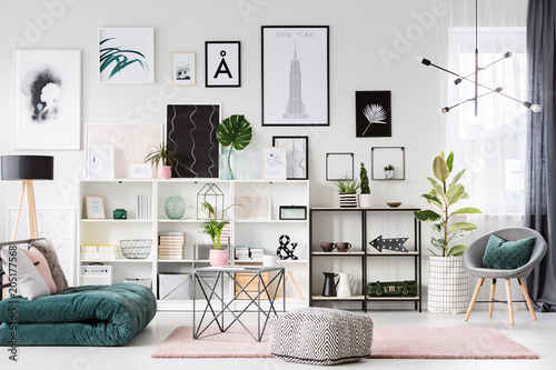 Poster Jacht Pastel living room interior