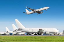 Passenger Aircraft Row, Airpla...