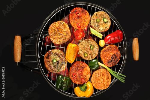 In de dag Grill / Barbecue Potrawy z grilla. Mięso i warzywa na grillu.