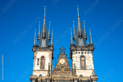 Photo  Church of Our Lady before Tyn at old town square in Prague, Czech Republic
