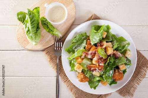 Fotografía  Chicken Caesar Salad