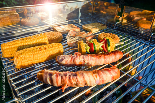 In de dag Grill / Barbecue verschiedene Grillgerichte
