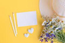Mockup White Greeting Card Wit...