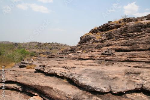 Tuinposter Zalm rock outcrops in ubirr, kakadu national park - australia